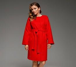 Красная осень: с чем сочетать самый популярный цвет сезона