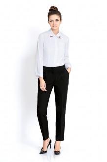 PiRS 304 с черными брюками