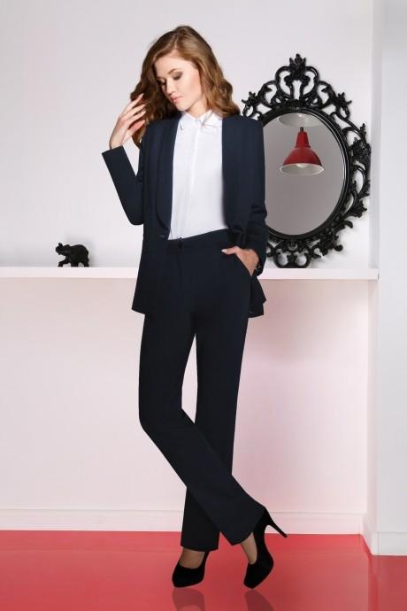 Брючный костюм /комплект LeNata 31694 темно-синий