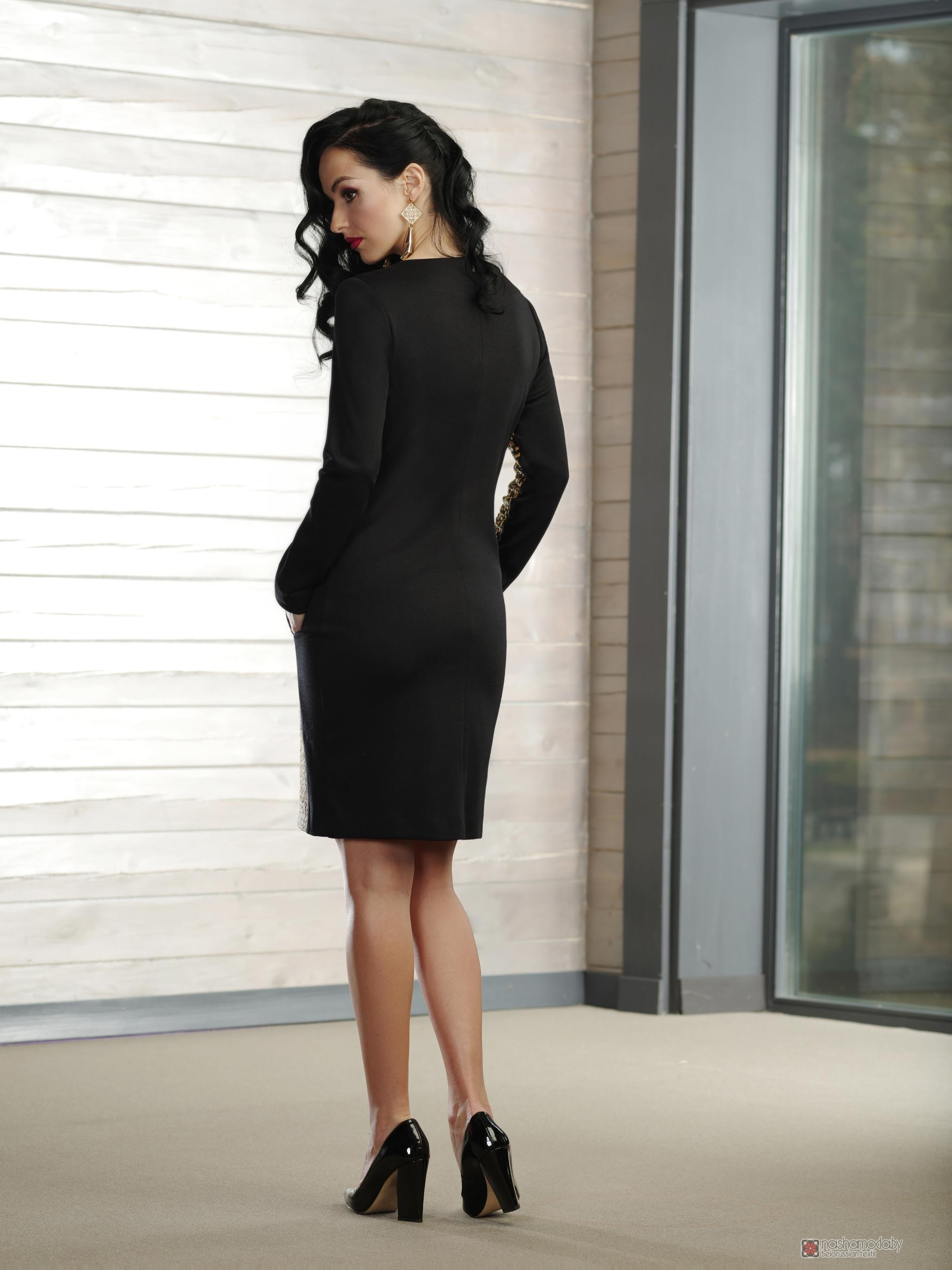 Платья голд стиль