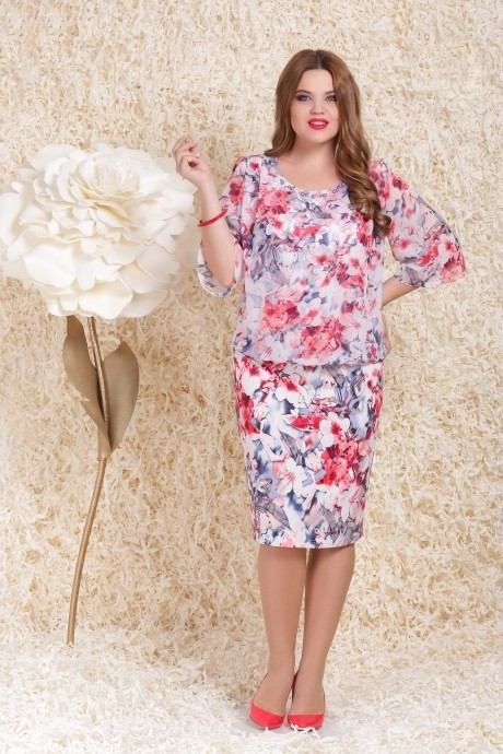 Повседневное платье LeNata  11739 розовые цветы