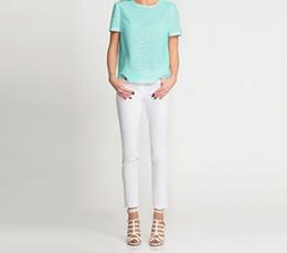 Универсальная вещь: белые джинсы