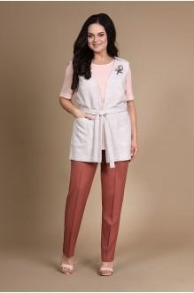 ALANI COLLECTION 719 с розовой блузой