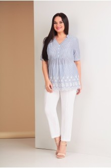 Ksenia Stylе 1540 синяя полоска/белые брюки