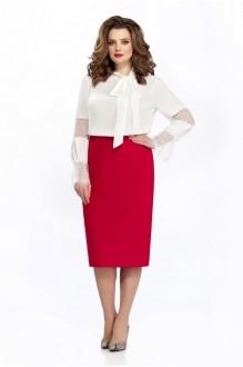 135 блуза однотон/ юбка бордо