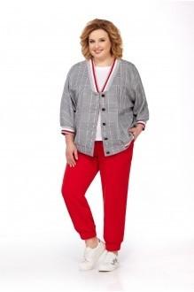 Pretty 686 с красными брюками