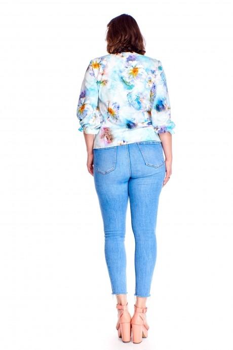 Gracja 01-001- 0006 цветы на голубом