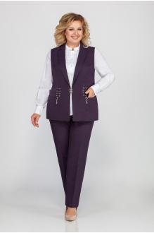 ЛаКона 1157 ежевика+белая блуза