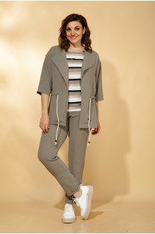 Vilena Fashion 584 тройка