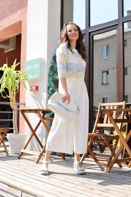 Anastasia 659